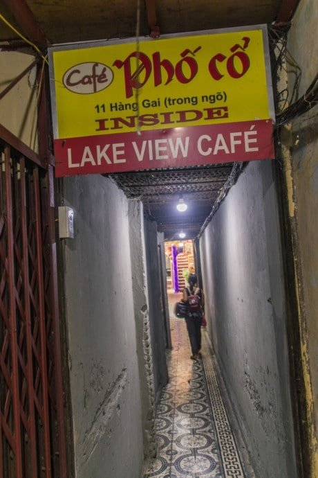 lake view café Hanoi