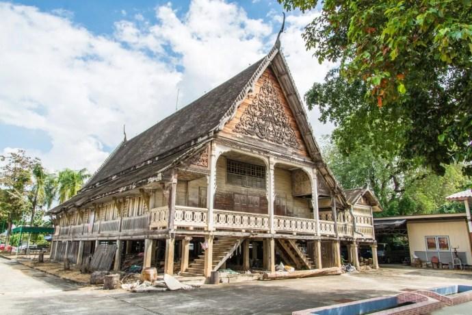 vieux viharn wat ko wasukaram lampang thailande