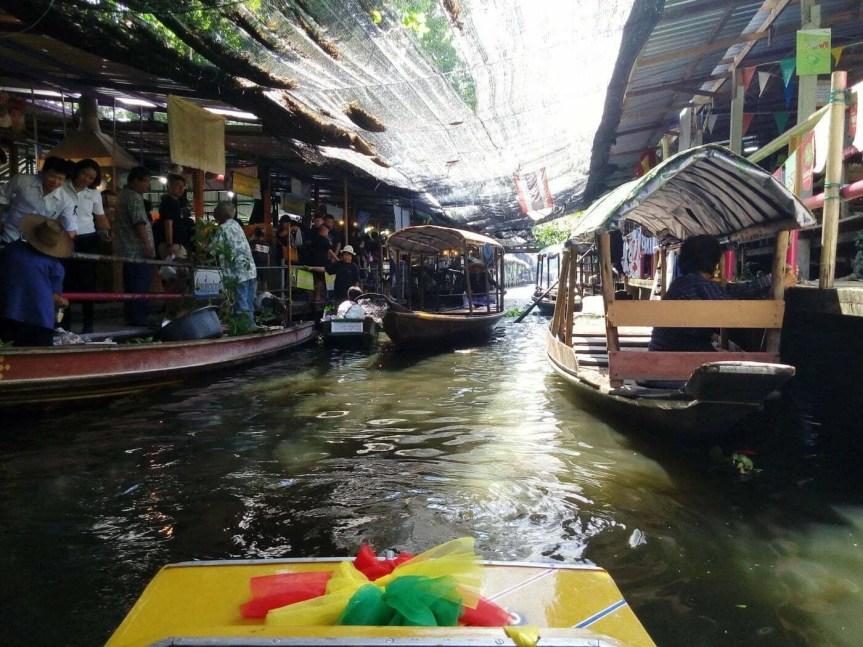 balade en bateau au marché flottant lat mayom