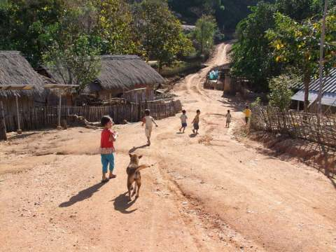 village proche mae salong - thailande