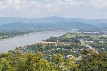 vue sud wat phra that pha-ngao - chiang saen - thailande