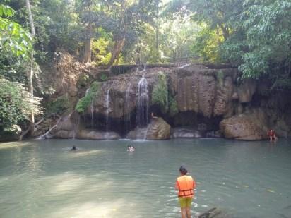cascade erawan kanchanaburi en avril