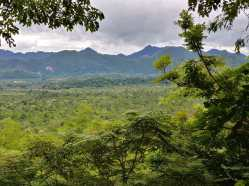 paysage kanchanaburi en aout