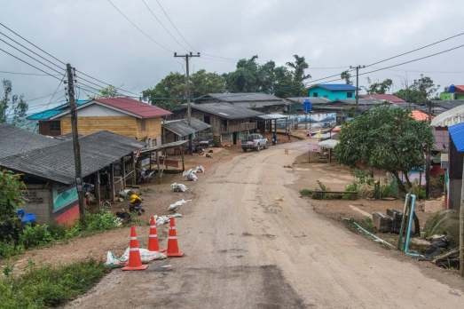village ban nor lae doi ang khang - thailande