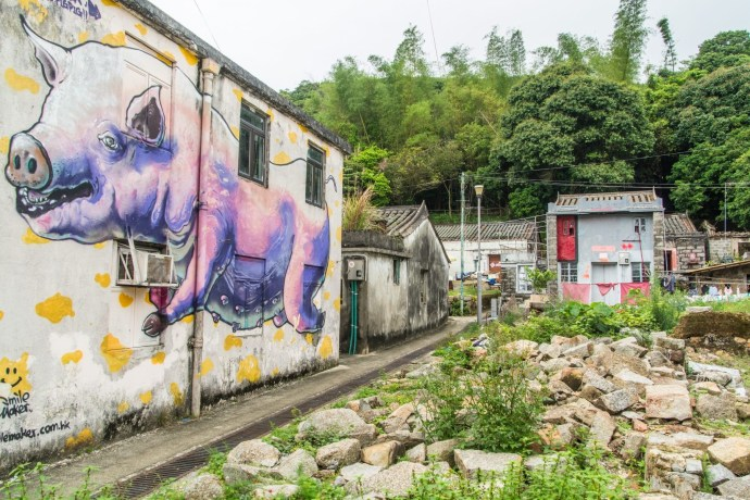 graffiti village - ile lamma - hong kong