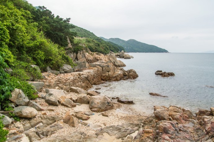 rochers lo so shing beach - lamma island - hong kong