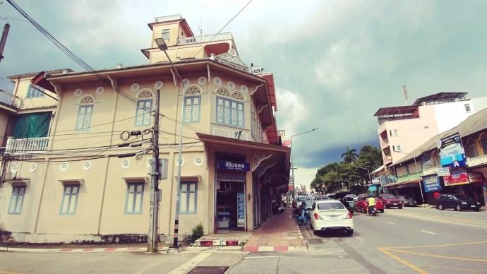belle batisse ville trang - thailande