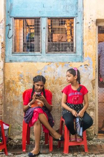 2 girls kong heng square ipoh - malaisie