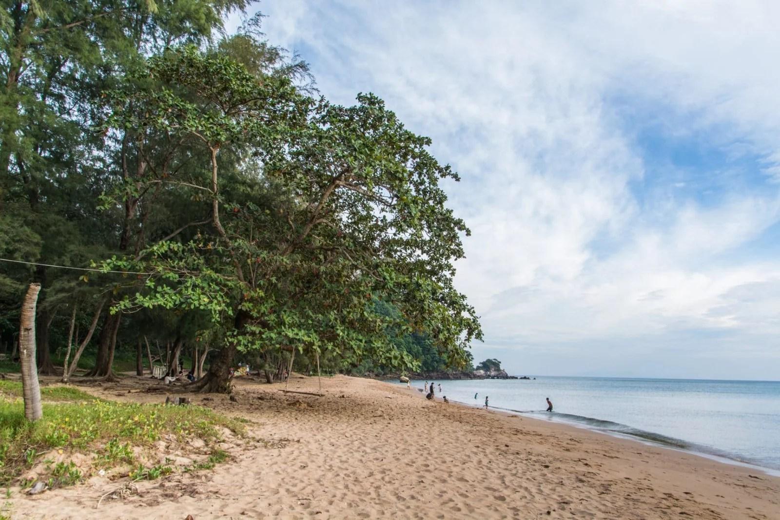 ao krathing - plage chanthaburi - thailande