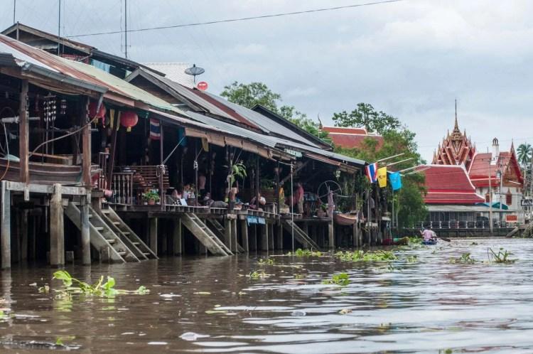 maisons long canal marché flottant amphawa - thailande