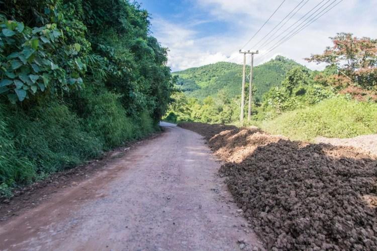 route en travaux luang namtha - muang singh nord laos
