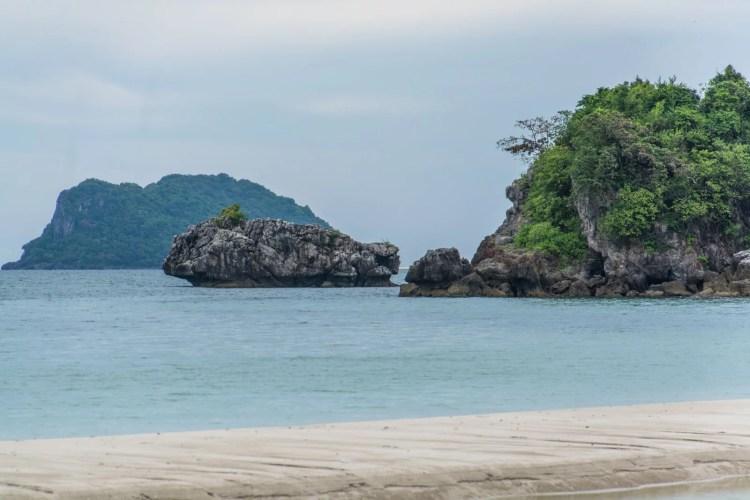 coral beach chumphon - thailande