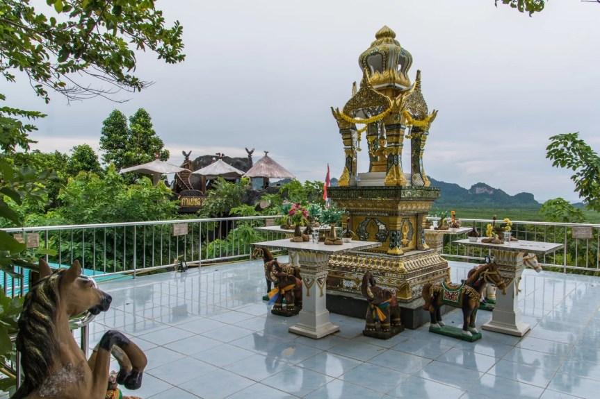 sanctuaire wat kaeo prasert chumphon thailande