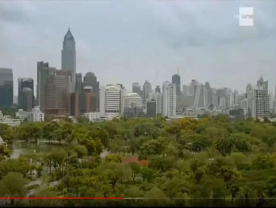 parc lumphini episode josephine ange gardien thailande