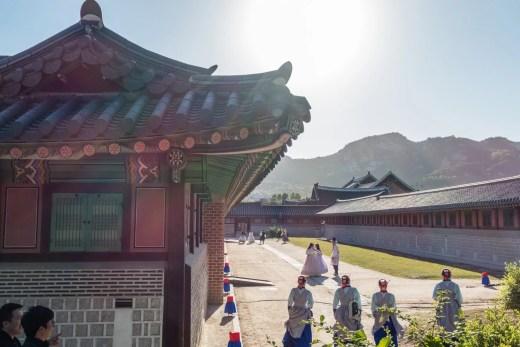 entre jagyeongjeon et donggung palais gyeongbokgung seoul