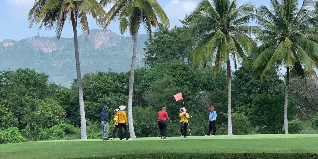 La Thaïlande attire les amateurs de golf avec un plan de `` quarantaine de rêve ''