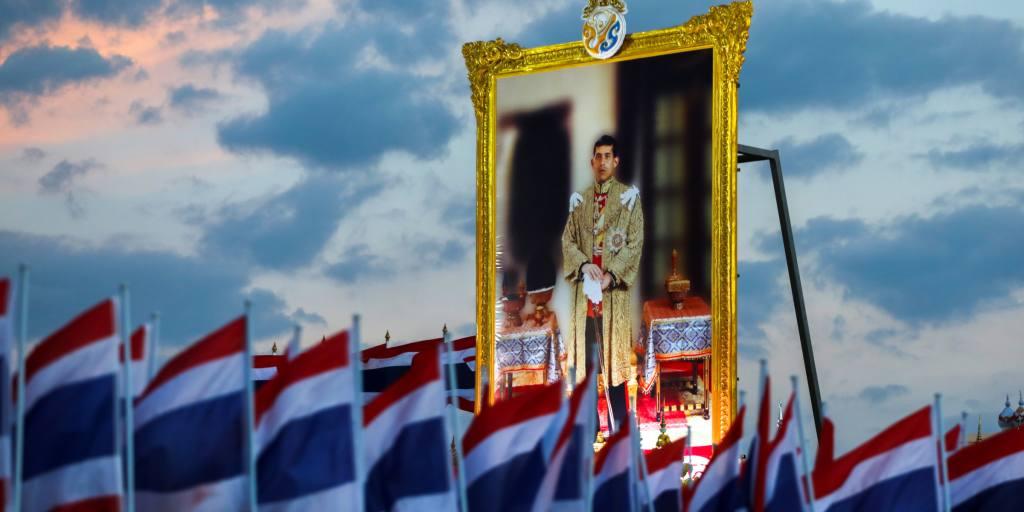 Le tribunal thaïlandais refuse la mise en liberté sous caution des principaux accusés de lèse-majesté