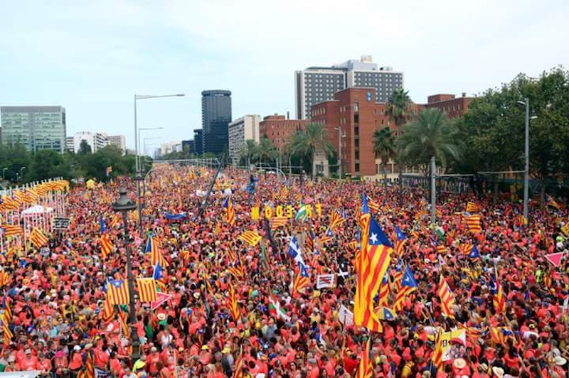 One million demand independence in Barcelona