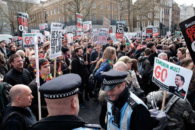 Thousands march in London calling for David Cameron's resignation over tax affairs