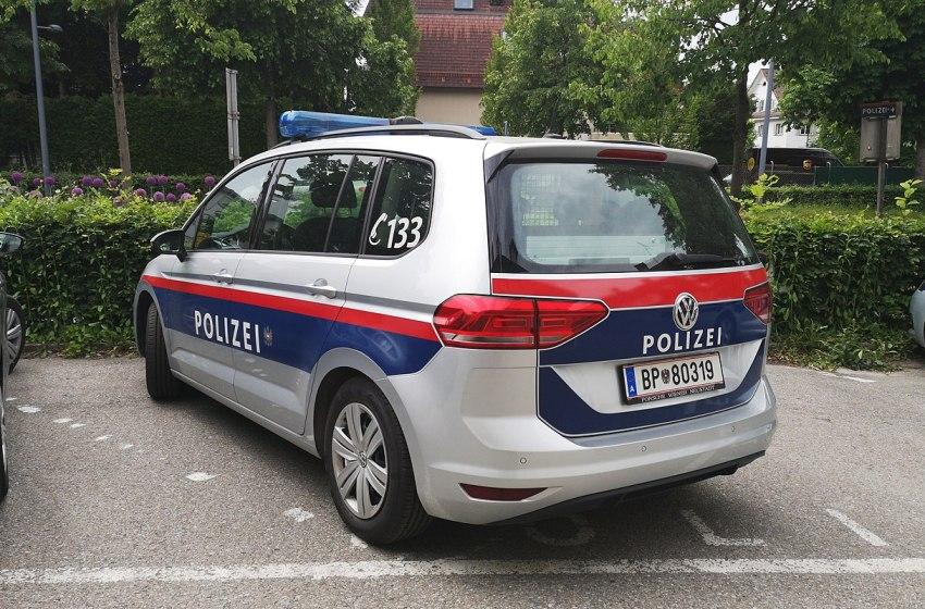 Volkswagen Touran Austrian Police