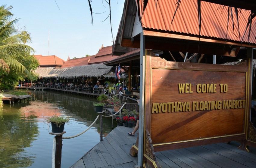 Ayutthaya floating market on fire