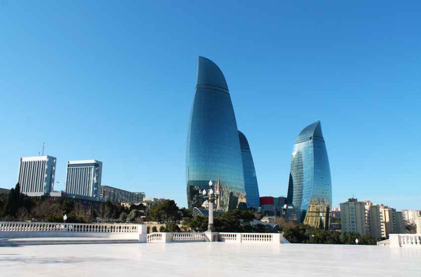 Fire Hits Former Trump Tower In Baku