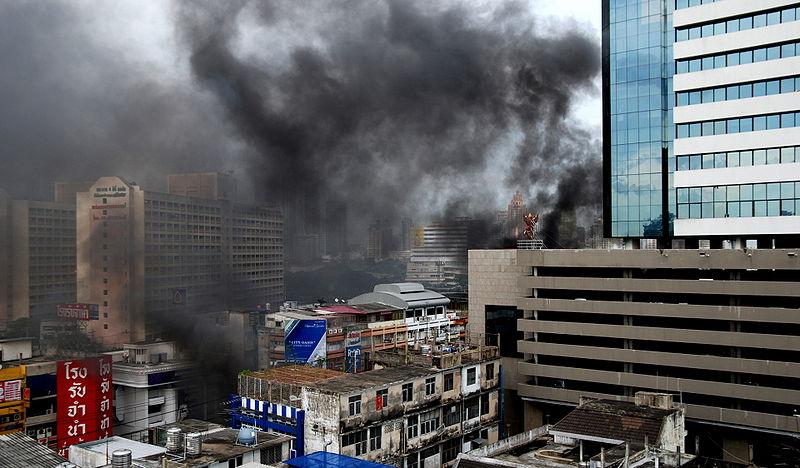 2010 protests: Fiery rage hits Bangkok