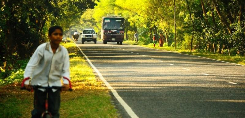 Bangladesh countryside highway. Image:  Ashiful Haque.