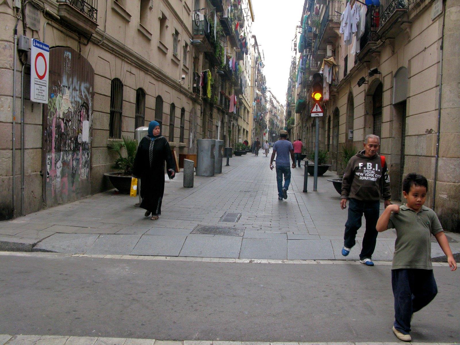 Barcelona's Largest Synagogue Vandalised With 'Free Palestine' Graffiti