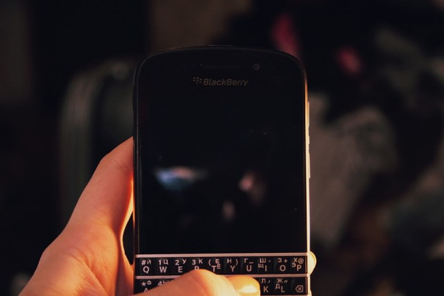 Brand new BlackBerry with keyboard coming in 2017
