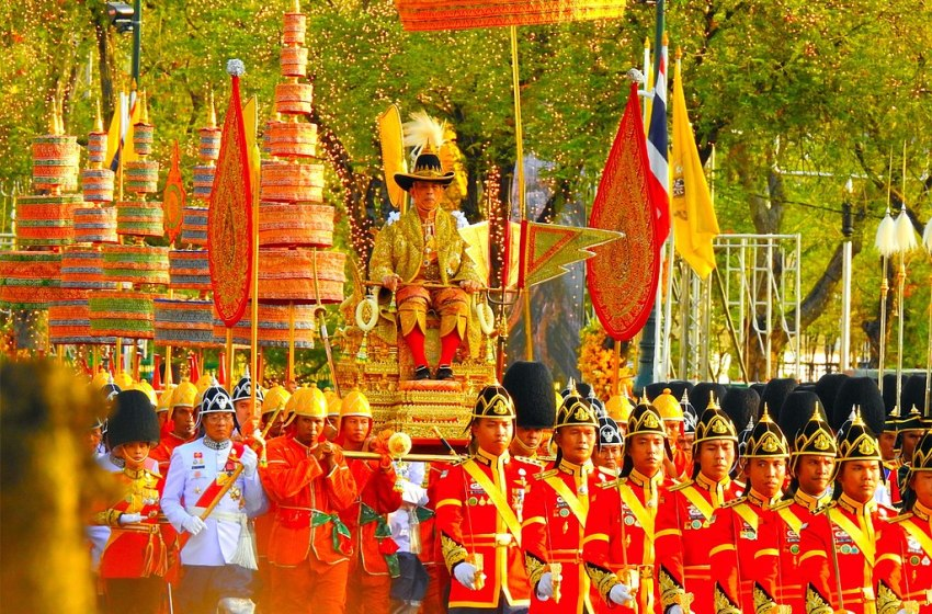 King Maha Vajiralongkorn Crowned in Ancient Coronation Ceremony