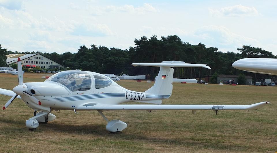 Diamond DA40 plane