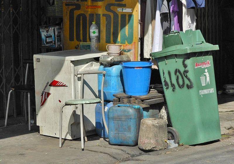 Trash bins and garbage in Bangkok