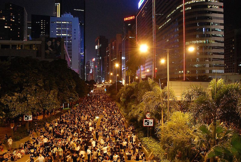Hong Kong Hit by Another Weekend of Clashes, Tear Gas, Public Anger