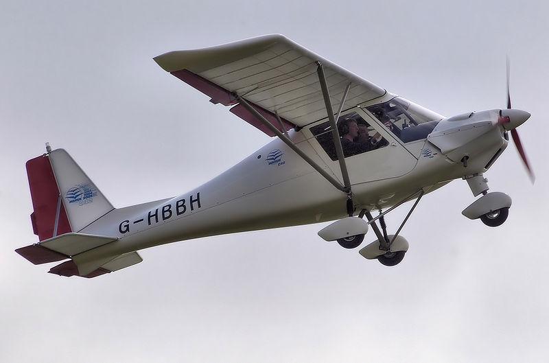 Ikarus C42 FB100 airplane