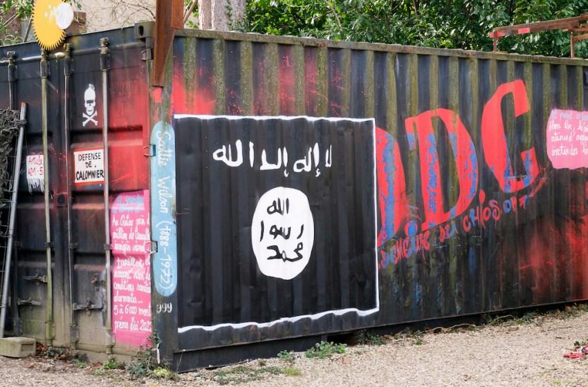 Islamic State graffiti in France