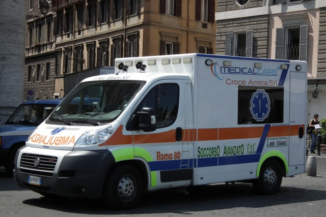 Panic, Stampede in Italian Club Leave at Least 6 Dead, Dozens Injured