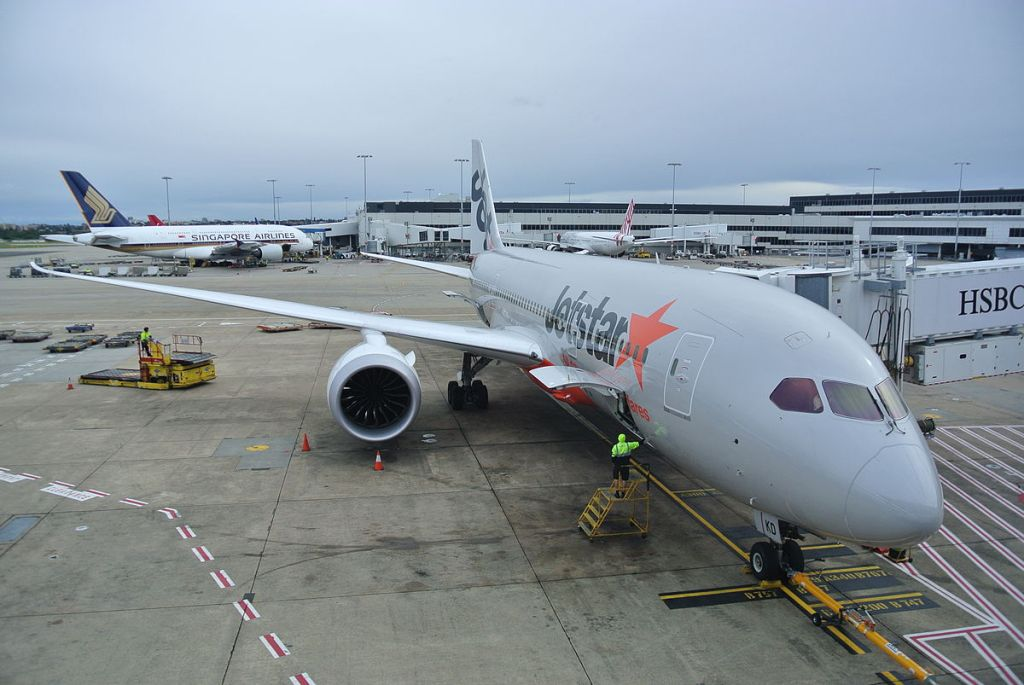 Jetstar Boeing 787 at Sydney Airport