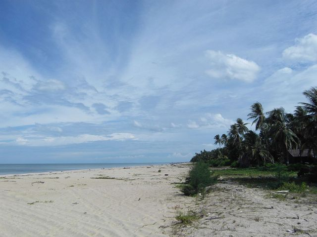 Decomposed body found on Nakhon Si Thammarat beach