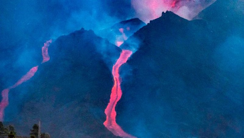 Volcanic lava in Spain's Canary Island La Palma engulfs more houses and buildings