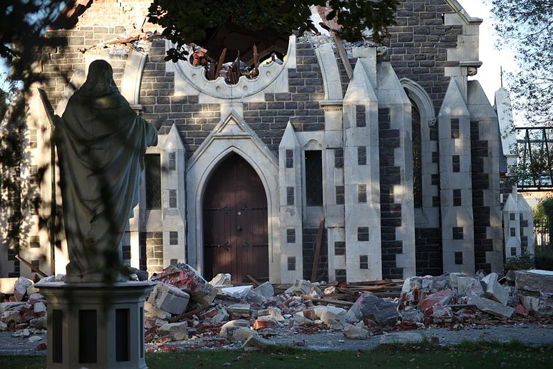 Tsunami alert lifted after New Zealand earthquake, aftershocks kill 2