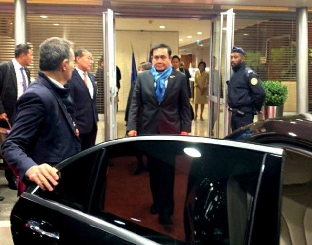 Thai PM Attends Opening of Paris Peace Forum