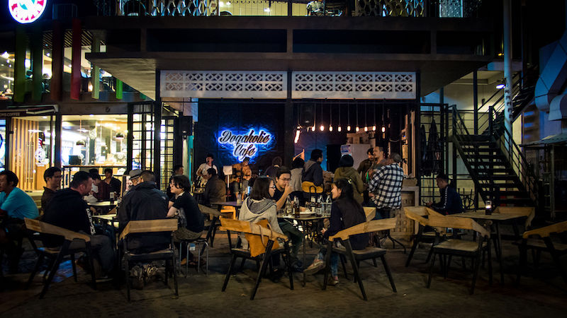 Chiang Mai Doqaholic Cafe