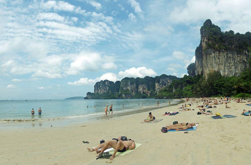 """Phang Nga and Krabi Prepare Andaman """"Sandbox"""" Scheme for Foreign Tourists"""