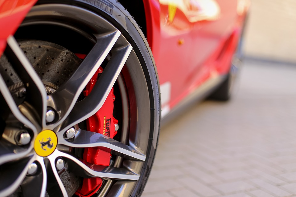 Red Ferrari rim and brakes