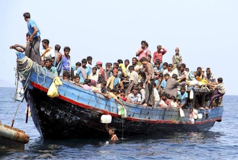 Rohingya refugees boat