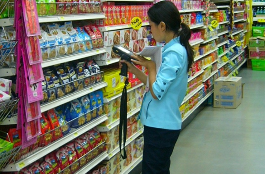 18-year-old Phuket cashier still missing after SuperCheap inferno