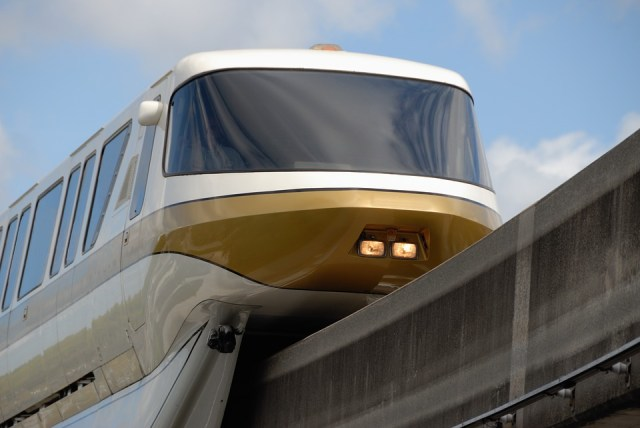 Monorail plan heads to cabinet
