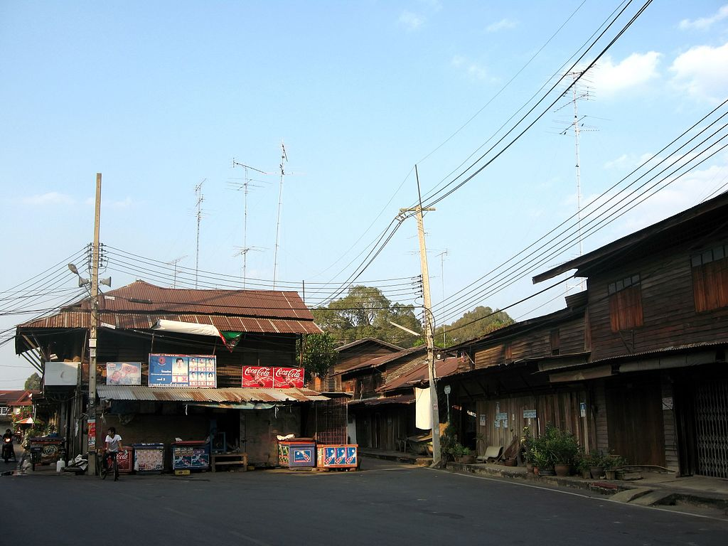 Sanburi old market, Chainat