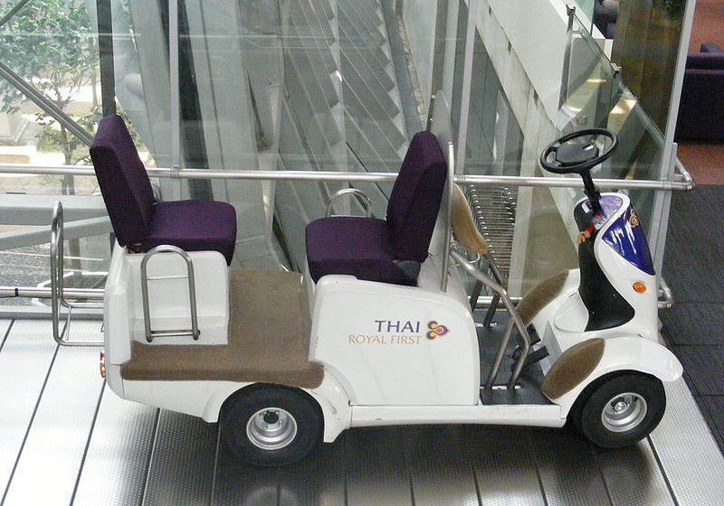 Thai Airways electric vehicle at Suvarnabhumi